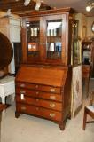 72-10 - English Antique Bureau Bookcase