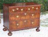 72-15 - Chest of Drawers
