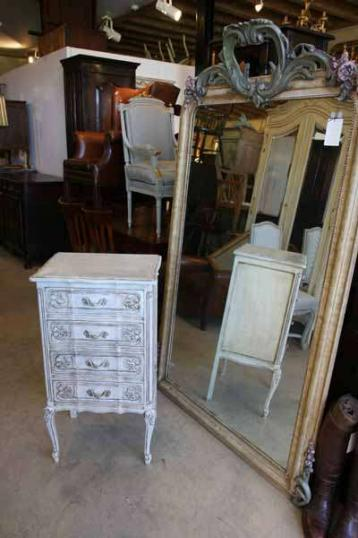 72-22 - French Painted Chest of Drawers