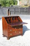 73-35 - Queen Ann Period Oak Bureau