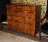 73-38 - Louis Philippe Commode