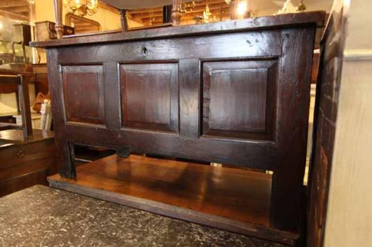 74-07 - George I Small Panelled Coffer