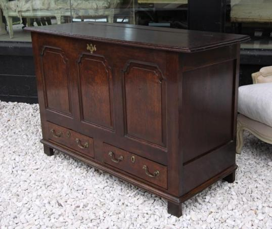 74-35 - Mule Chest or Coffer