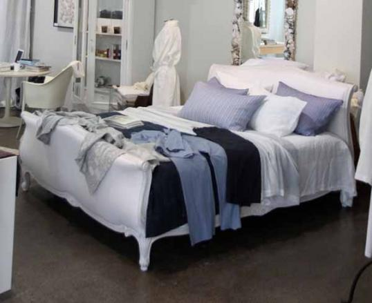 King Size Crosse Bed