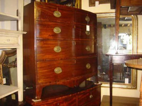 54-41 - Bow Fronted chest of drawers