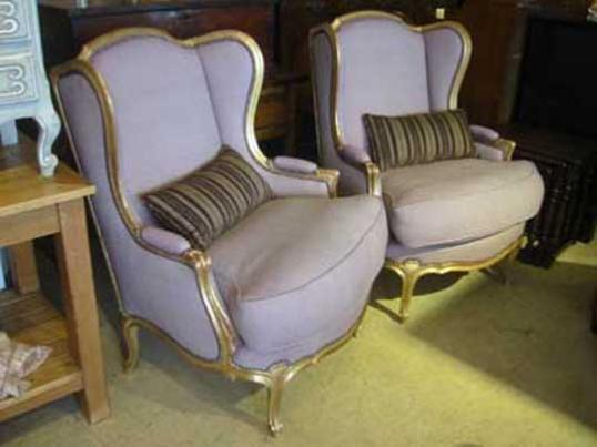 33-33 - Wing Chairs Gold