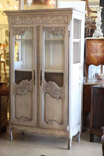 82-88 - An Attractive French Painted Armoire