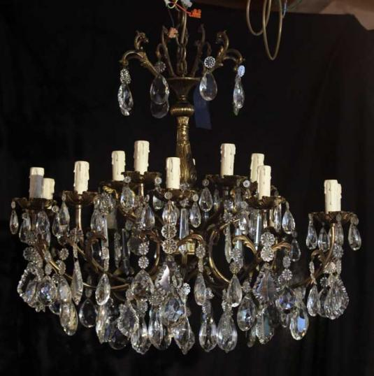 Antique Chandelier with Fifteen Lights