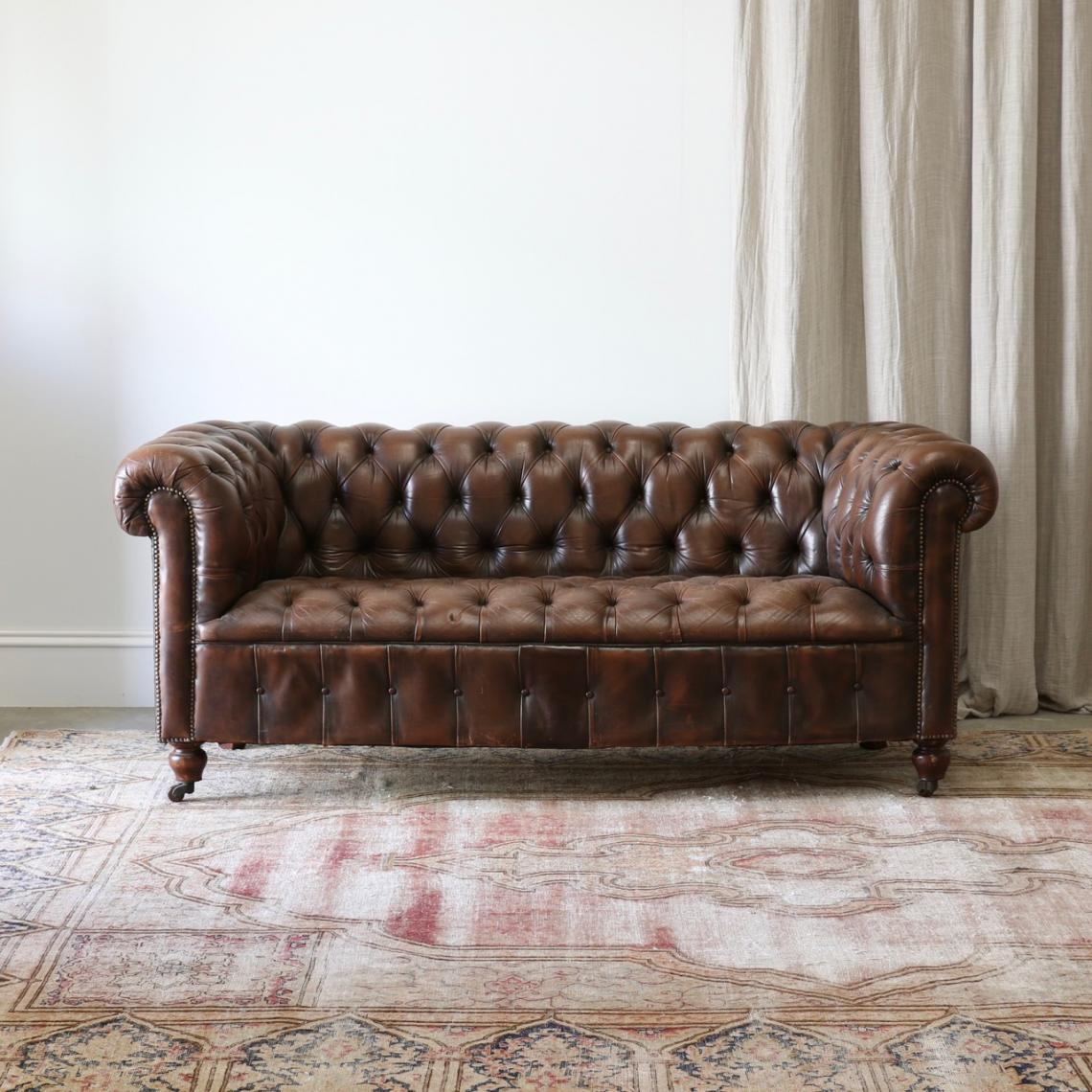 113-18 - Old Leather Chesterfield