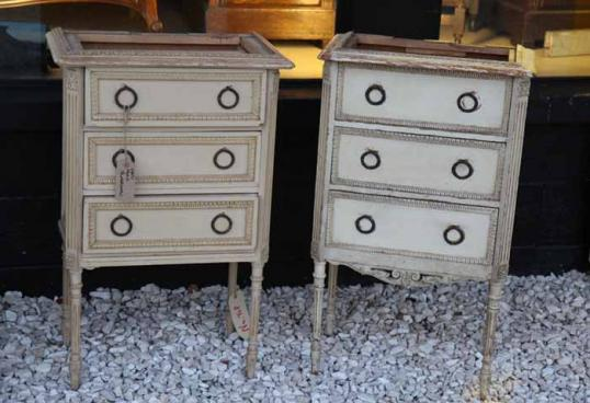 81-98 - Pair of Painted Louis XVI Bedsides