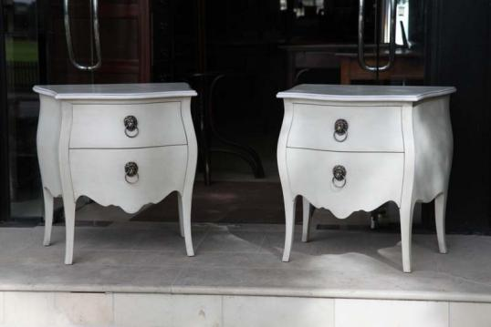 82-57 - Pair of Bombe Commodes