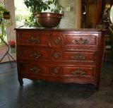 62-16 - Commode louis XIV