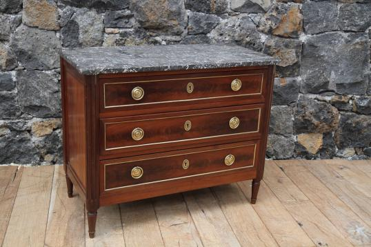 83-38 - French Directoire Period Commode