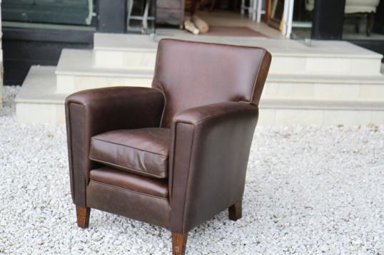 86-62 - Leather Club Chair Victor MK V