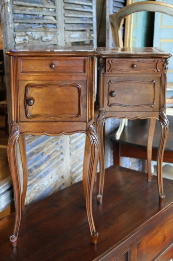 86-69 - Pair of Antique Walnut Bedsides