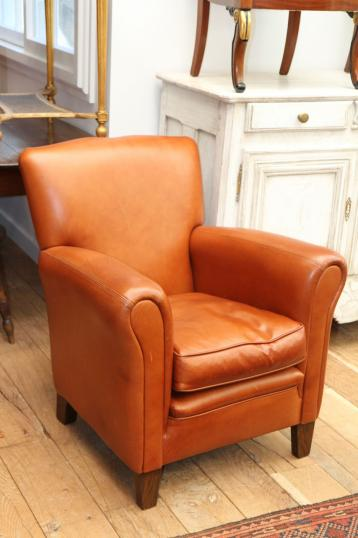 86-94 - New Leather Club Chair