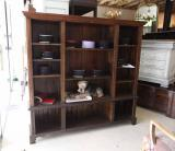 87-21 - English Oak Bookcase