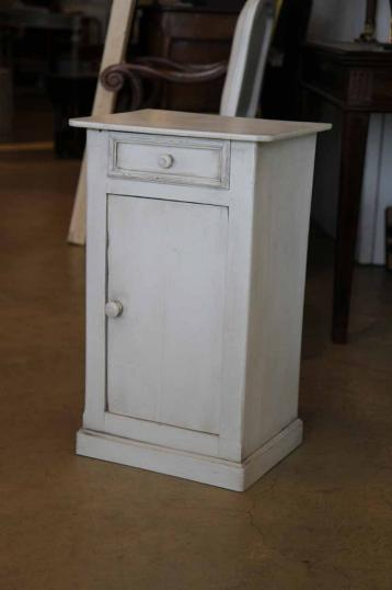90-09 - Painted Cabinet or Bedside