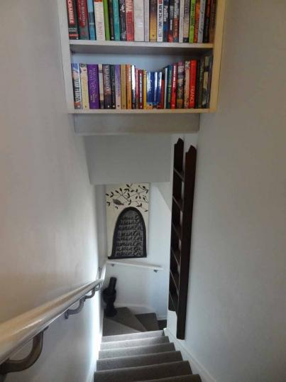 10-76 - Understairs Bookcase and Library Ladder