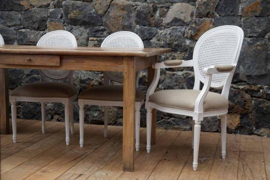 90-62 - Set of French Spoon Back Dining Chairs