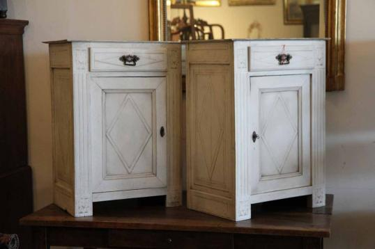90-67 - Pair of Late 18th Century Painted Bedside Cupboards