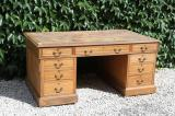 91-01 - Large English Oak Pedestal Partners Desk