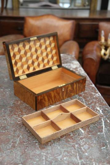Kauri Box with Cube Pattern Inside Lid