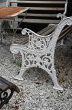 91-43 - English Cast Iron 19th Century Garden Bench