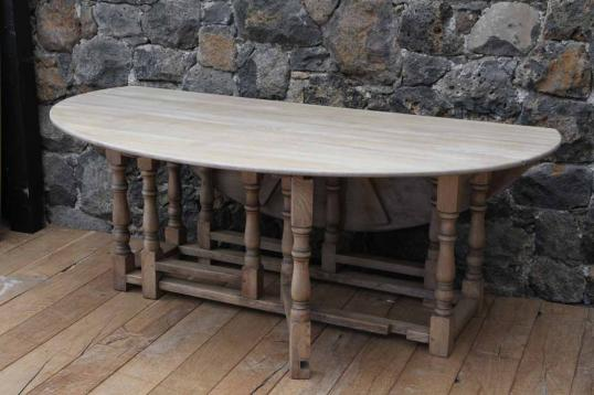English Oak Blond Gateleg Dining Table