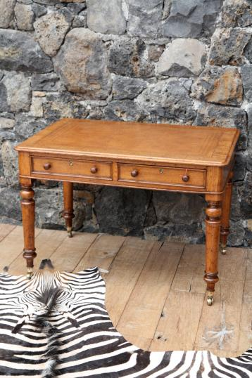 94-28 - English Two Drawer Writing Table