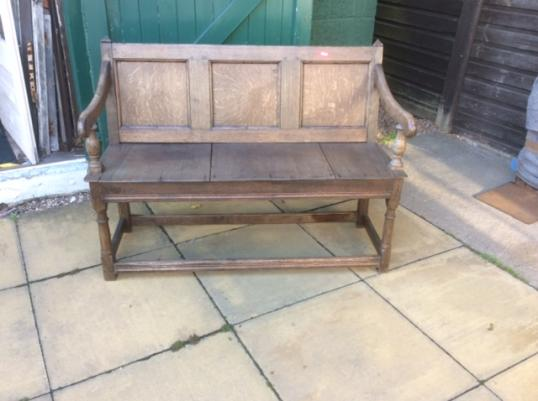 94-31 - English Settle or Bench