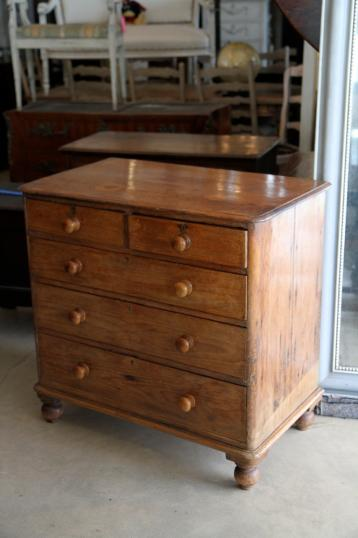 94-66 - Georgian Chest of Drawers