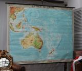 96-70 - Large French Map of South Pacific
