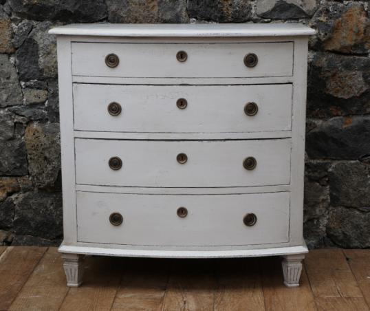 98-83 - Gustavian Bow Fronted Commode