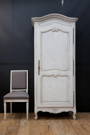 Amazing One Door Armoire Or Bonnetiere