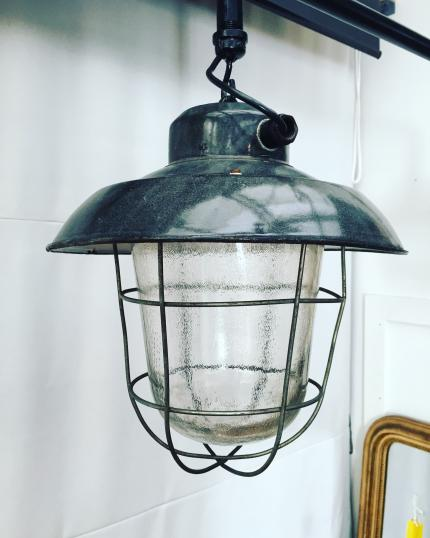 Hungarian 3 Light Lamp