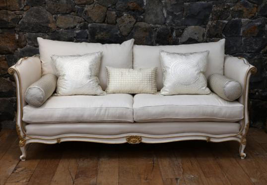 99-78 - French Daybed