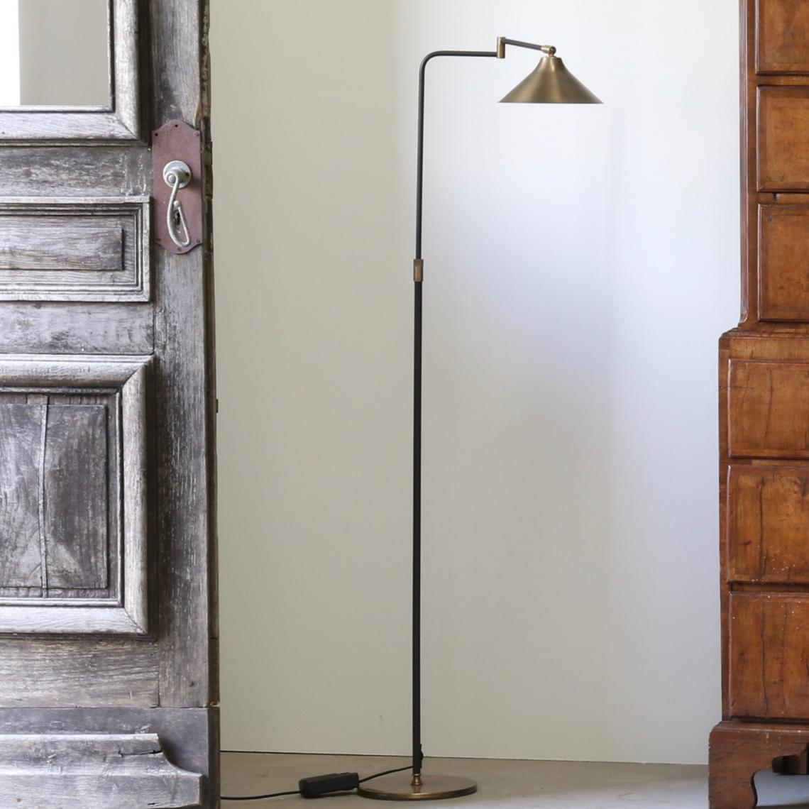 102-38 - French Floor Light / Flared Shade