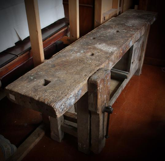 102-37 - 19th Century French Workbench