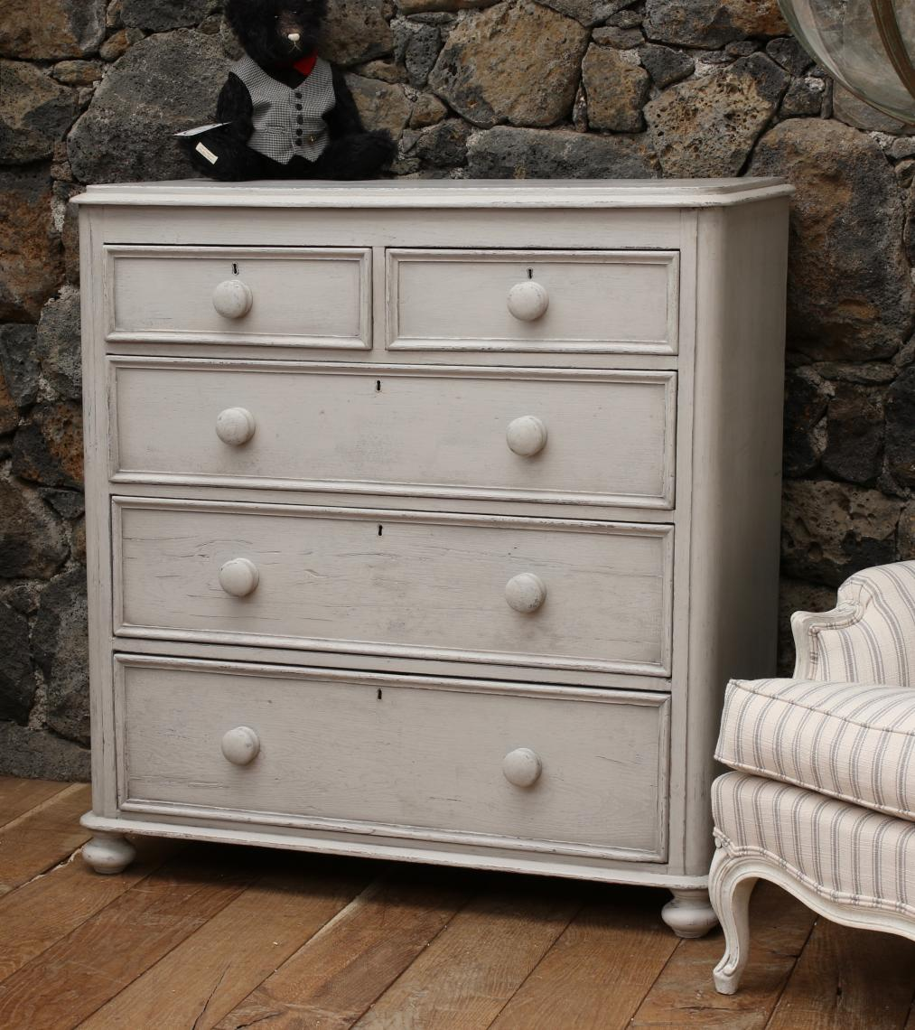 103-36 - Painted Pine Chest of Drawers