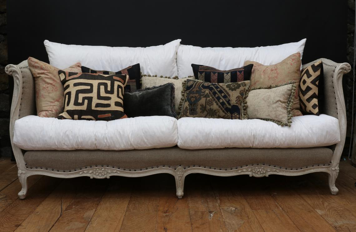 104-28 - Gorgeous Cushions Made from Vintage / Antique Fabrics / Fragments