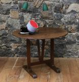105-11 - Burgundian Wine table