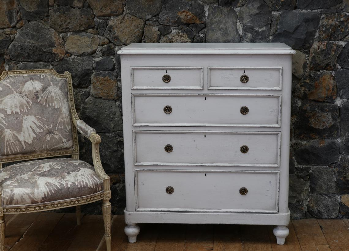 105-36 - Large Painted Chest of Drawer with Swedish Ring Handles