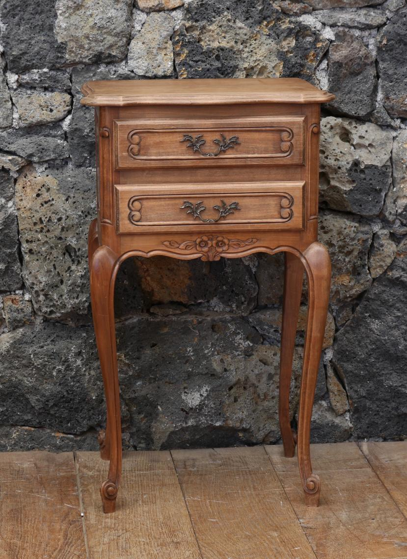 105-39 - Pair of French Bedside Cabinets