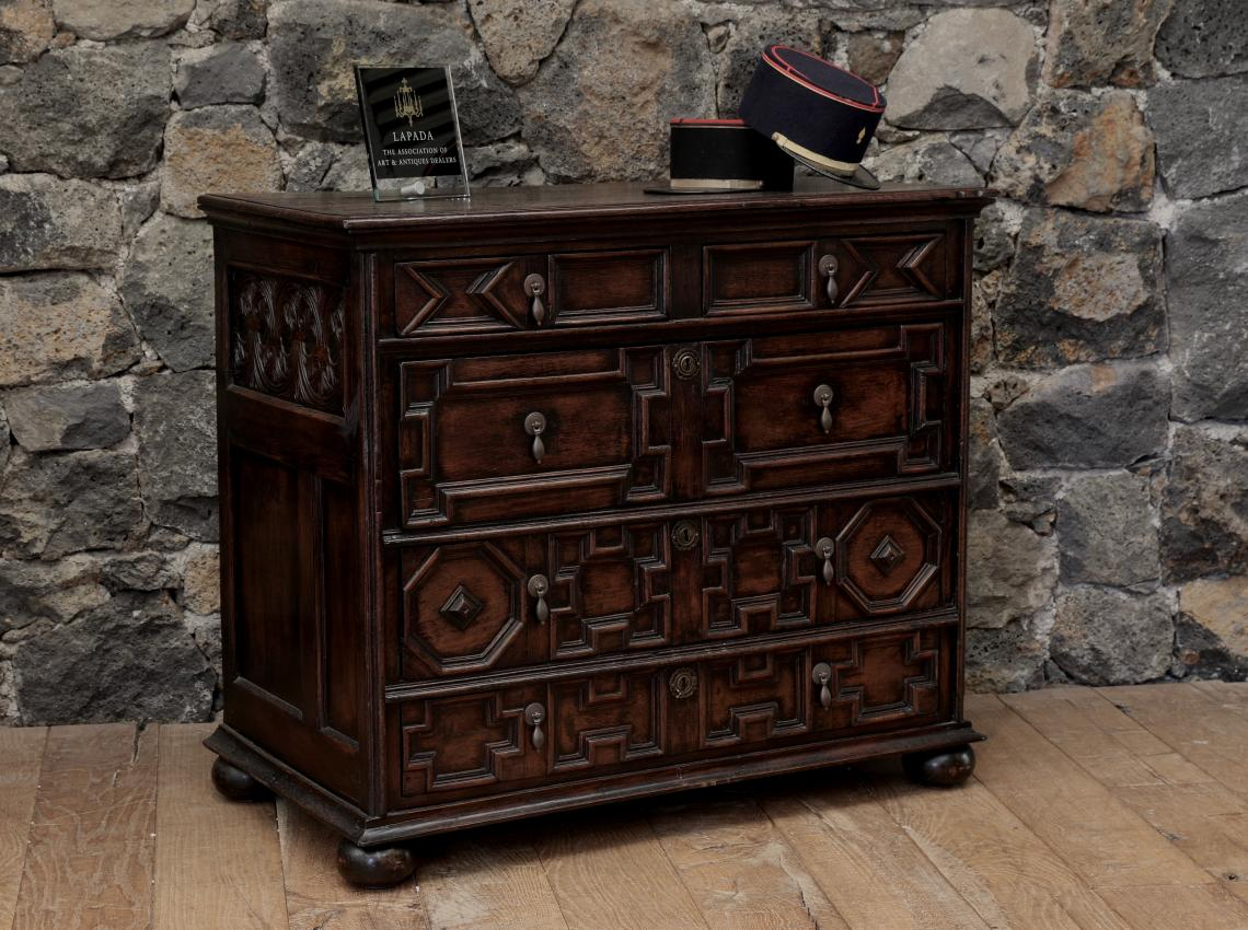 106-54 - Impressive Jacobean Chest of Drawers