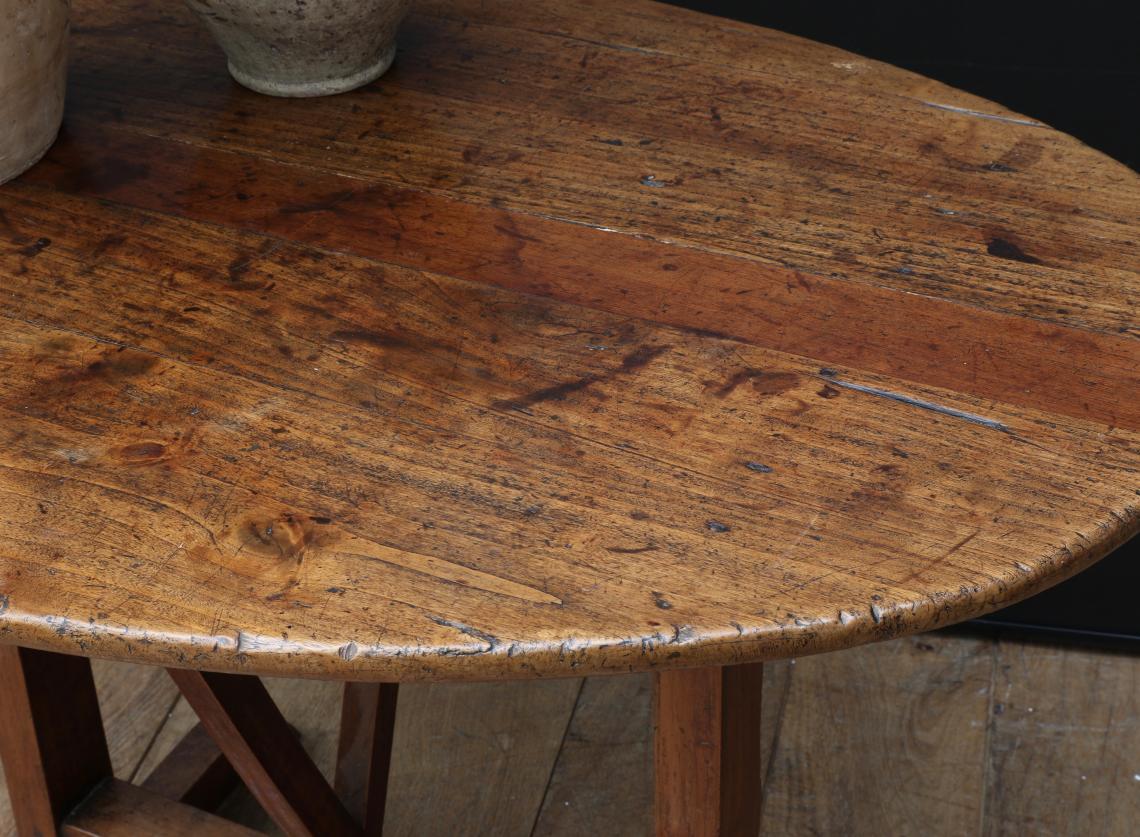 Oval Burgundian Wine Table