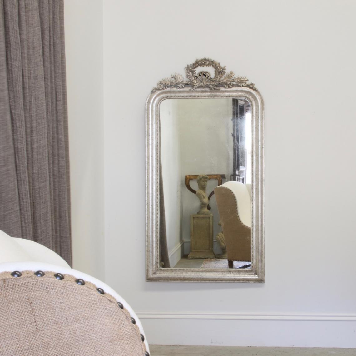 118-45 - Louis Philippe Crested Silver Mirror