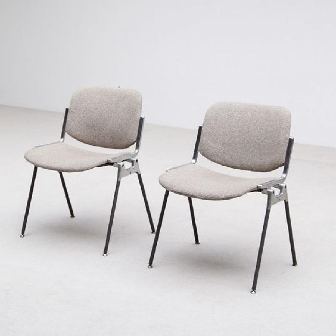 Iconic 1950s Castelli Stacking Chairs