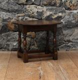 107-96 - Small Drop Leaf Table