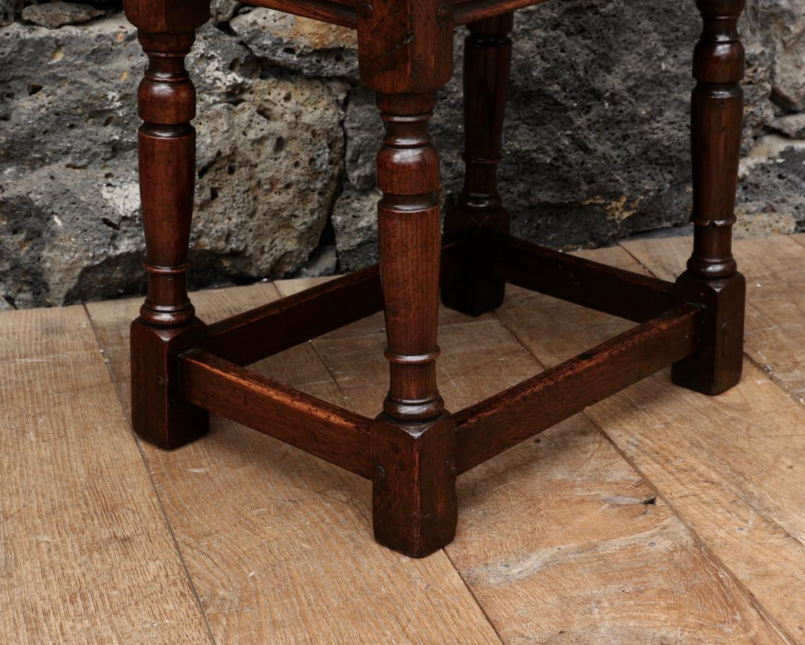 Engloish Oak Jointed Stool